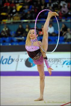 Carmen Crescenzi (Italy), hoop 2012