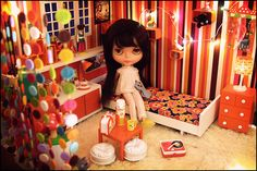 DIY Blythe Doll house!!!! You can choose your own theme and all, This is something I HAVE to do!!!