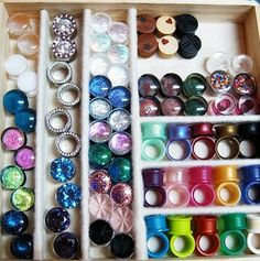 I want this big of a collection ♥.i dont have gauges.or plugs.but i would hang this on my wall <<< you should gauge your ears im at a my goal is a Plugs Earrings, Gauges Plugs, Small Gauges, Ear Jewelry, Body Jewelry, Jewellery, Tunnel Plugs, Tapers And Plugs, Cool Piercings