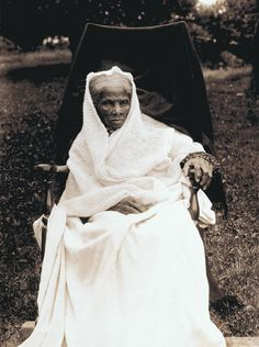 Harriet Tubman is a very old woman in this picture. A garter stitch shawl
