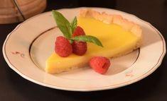 Hans Välimäen sitruunapiirakka Cheesecake, Pudding, Sweets, Desserts, Food, Tailgate Desserts, Deserts, Gummi Candy, Cheesecakes
