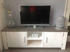 Prachtige tv meubel   Steigerhouten Boekenkast, tv meubel   No:14 Steigerhout & Living