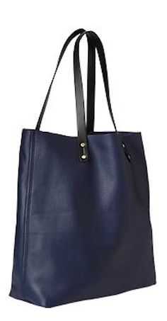 pretty navy leather tote http://rstyle.me/n/qgsp9r9te