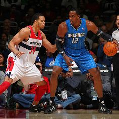 Dwight Howard prepares to go to work in the paint against the Wizards' JaVale McGee.