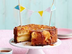 Apple Cake with Easy Cheese Dutch Recipes, Sweet Recipes, Baking Recipes, Cake Recipes, Köstliche Desserts, Delicious Desserts, Fresh Cheese Recipe, Easy Cheese, Sweet Bakery