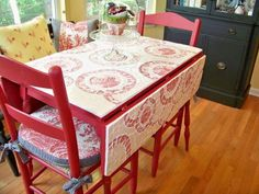 trying to decide whether or not to get that table from the thrift store. Refurbished Furniture, Upcycled Furniture, Painted Furniture, Home Furniture, Decoupage Table, Mosaic Furniture, Diy Home Decor, Room Decor, Dining Room Table Chairs