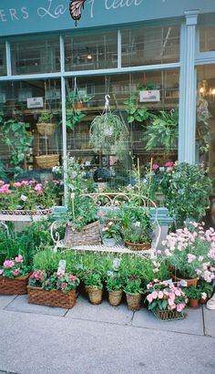 La Fleur - beautiful little flower shop & cafe in Greenwich, London