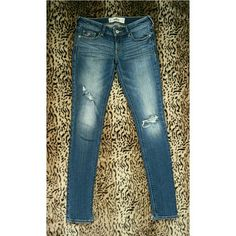 Hollister Skinny Jeans Excellent condition Original distress Some stretch, but not as much as jeggings My absolute favorite, just a little too big Bottoms are cut a little because they're tight  Would love to trade for Hollister Skinny 0R !!! Hollister Jeans Skinny