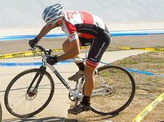 Para un ciclistacompetitivo de bici de montaña que busca mejorar el entrenamiento con una bici de carretera, puede parecer como algo difícil de lograr y pocoprobable de alcanzar. Sabemos q…