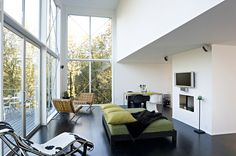 What a cool space. desire to inspire - desiretoinspire.net - Lincoln Barbourencore