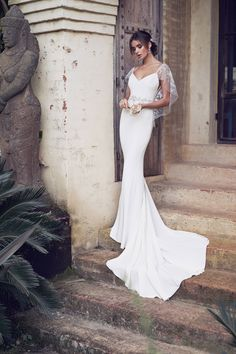 Those sleeves and that train. The Romantic & Sparkling Anna Campbell Wanderlust Wedding Dress Collection Kate Wedding Dress, Luxury Wedding Dress, Wedding Dress Shopping, Perfect Wedding Dress, Wedding Dress Styles, Designer Wedding Dresses, Anna Campbell, Australian Wedding Dress Designers, Australian Wedding Dresses
