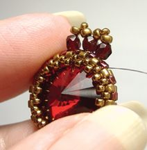 * Creating a Peyote Bezel  Very nice instructions