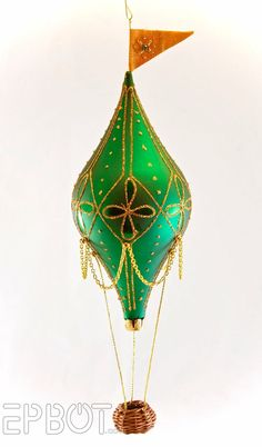 hot air balloon ornament  | Hot air balloon ornament. I want to do an entire tree in hot air ...