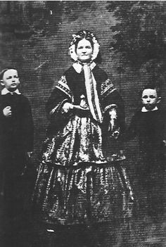 Photograph of Mary Todd Lincoln with her two youngest sons Willie and Tad. (c. 1860).  *s*