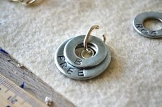 washer stamped necklace tutorial -