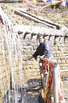 108 tap, Muktinath temple, Mustang, Nepal Mustang Nepal, Nepal Trekking, Outdoor Furniture, Outdoor Decor, Temple, Explore, Travel, Federal, Viajes