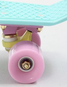 Penny Skateboards Penny Pastel 22 Retro Skateboard - Mint
