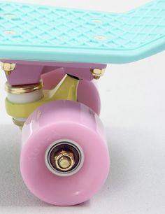 Penny Skateboards Penny Pastel 22 Retro Skateboard - Mint