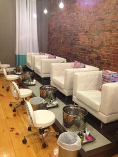 Nail Salon with Kid Chairs - Nail Salon with Kid Chairs , the Kid is Enjoin the Hello Kitty Pedicure Spa Chair Nail Salon Design, Nail Salon Decor, Salon Interior Design, Salon Nails, Pedicure Station, Nail Station, Pedicure Spa, Nail Spa, Spa Room Decor