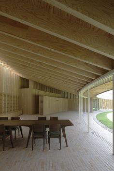 坂茂建築設計 / Shigeru Ban Architects  『仙石原の住宅』  http://www.kenchikukenken.co.jp/works/1300244164/625/  #architecture