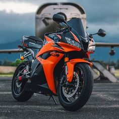This baby is nice! #Motorbikes #Sportbike #MotorcycleLife