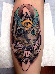 Ancient Kitty http://www.pairodicetattoos.com/ancient-kitty/