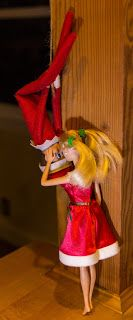 Elf on the Shelf Ideas Spider-man the Kiss with Barbie #ElfOnTheShelf