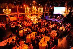 La salle Wagram : un lieu prestigieux, exceptionnel, à quelques pas de la place de l'Etoile.  Pour de grands comme de petits événements, profitez de cet espace formidable au bout d'une très jolie allée fleurie. http://www.sallewagram.com