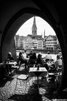 Coffee with Friends in Zürich, Switzerland. Switzerland Cities, Switzerland Vacation, Places Around The World, Around The Worlds, Europa Tour, Beaux Villages, Belle Villa, Lausanne, Swiss Alps