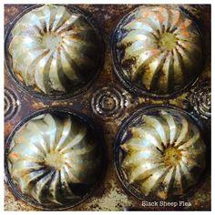 Vintage swirl mini cake and muffin tin pan.. Love the patina.