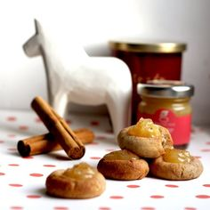 Full of festive flavours, these cinnamon & ginger thumbprint cookies are super easy to make and make for the perfect seasons' greetings! Ginger Jam, Jam Thumbprint Cookies, Christmas Biscuits, Mince Pies, How To Make Cookies, Something Sweet, Christmas Desserts, Cake Cookies, Cookie Dough