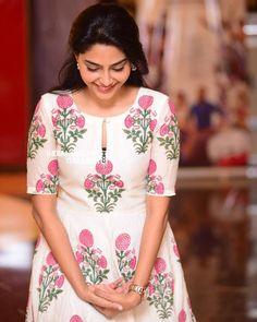Aiswarya Laxmi - All About Churidhar Neck Designs, Chudidhar Designs, Neck Designs For Suits, Dress Neck Designs, Salwar Designs, Kurta Designs Women, Kurti Designs Party Wear, Salwar Suit Neck Designs, Designer Salwar Kameez