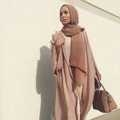 neutral nudes abaya fashion- How to style your Abaya cardigan for Ramadan…