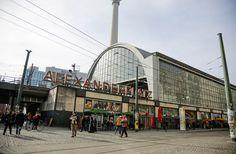 Berlim: Alexanderplatz.  Berlin: Alexanderplatz.