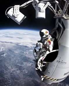 Felix Baumgartner makes his Red Bull Stratos freefall jump from the edge of space on Oct. His suit, made by David Clark Co., is based on pressure suits made for Air Force and NASA pilots. Felix Baumgartner, Earth And Space, Cosmos, Speed Of Sound, Fotografia Macro, Astronauts In Space, Living On The Edge, Space And Astronomy, Nasa Space