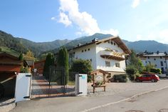 Dorfchalets Kaprun in Autumn  beautifully and quietly located chalets in the most beautiful region of Austria Book direct for best rates! Email to info@dorfchalets-kaprun.com Austria, Most Beautiful, Autumn, Mountains, Book, Nature, Travel, Chalets, Kaprun