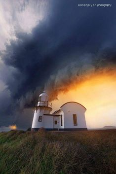 ~~Storm clouds over the lighthouse at Port Macquarie, Australia by Aaron Pryor~~ Beautiful World, Beautiful Places, Dame Nature, Port Macquarie, Beacon Of Light, Tornados, Thunderstorms, Mother Nature, Scenery