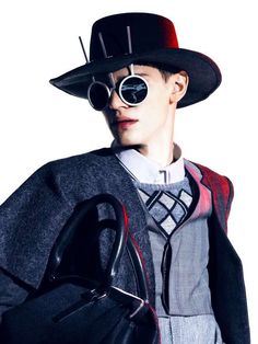 Structural Eyewear Campaigns - The Sixlee Fall/Winter 2012 Campaign is Avant-Garde and Edgy