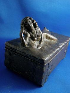 Art Deco c. 1915 - 20 Nude Flapper Patinated Bronze Cigar / Cigarette or Jewelry, Trinket Box Sg'd Jennings Bros