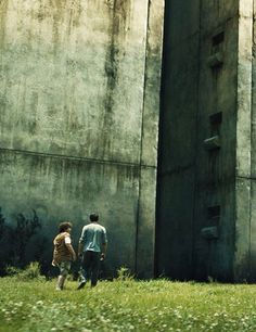 "The Maze Runner Movie ""Thomas &Chuck"""