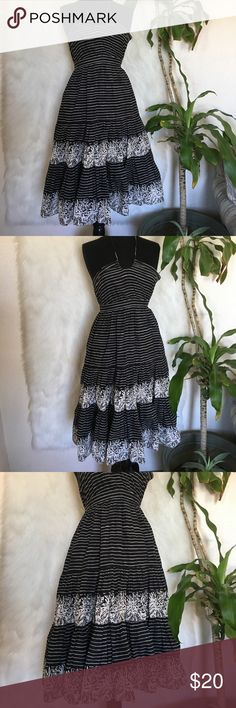 Striped Halter dress In good used condition GAP Dresses Backless