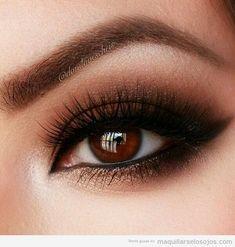Maquillaje ojos marrones son sombra metalizada 6