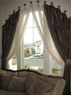 Arched drapery with sheers. Arched Window Coverings, Curtains For Arched Windows, Home Curtains, Hanging Curtains, Rideaux Design, Living Room Decor, Bedroom Decor, Custom Window Treatments, Curtain Designs