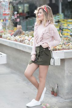 Get this look: http://lb.nu/look/8581737  More looks by Helena Cueva: http://lb.nu/miaventuraconlamoda  Items in this look:  Cocoyog Pink Sweater, Chicwish Green Skirt   #bohemian #casual #chic