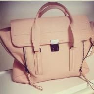 I love this bag so much!!
