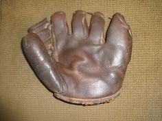 New York Yankees Original Vintage Baseball Gloves Phil Rizzuto, Baseball Gloves, New York Yankees, Outdoors, Vintage, Vintage Comics, Outdoor Rooms, Off Grid, Outdoor
