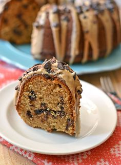 Peanut Butter Cake with Chocolate Chips and Peanut Butter Glaze. HEAVEN. - www.thelawstudentswife.com