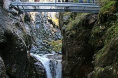 Alpinsteig durch die Höll #untertal #schladming #wandern #wildewasser Ski Wm, Hotels, Wilde, Waterfall, Outdoor, Amusement Parks, Travel Report, Road Trip Destinations, Cottage House