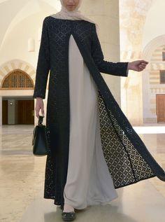 The Elegant Lace Abaya Gown – Hijab Fashion 2020 Hijab Gown, Hijab Style Dress, Abaya Style, Kebaya Muslim, Muslim Dress, Dress Brokat Muslim, Abaya Mode, Mode Hijab, Muslim Women Fashion