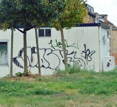 En güzel dekorasyon paylaşımları için Kadinika.com #kadinika #dekorasyon #decoration #woman #women Graffiti Antwerp